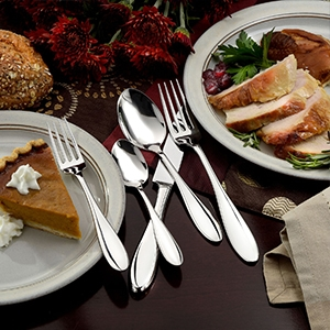 Thanksgiving Day Table, Made in USA dinner table, American made thanksgiving day table, made in usa flatware, american made flatware