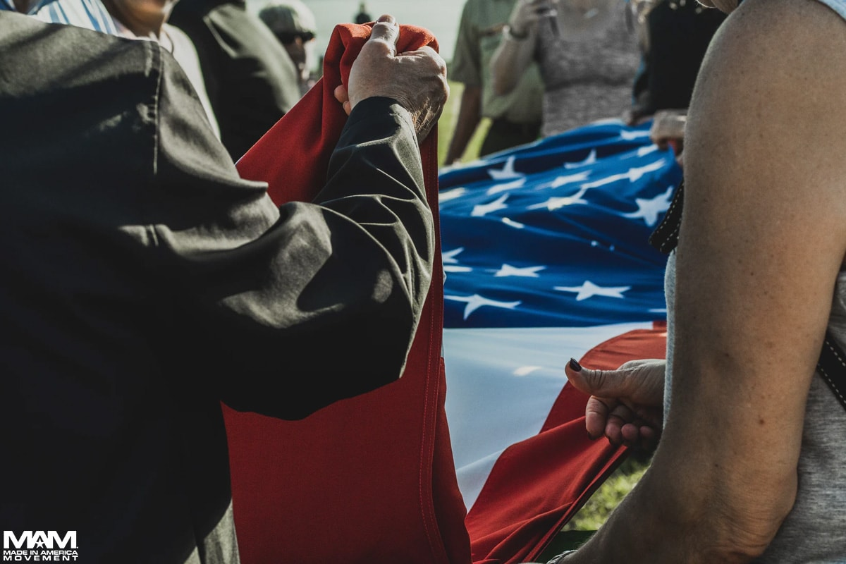 memorial-day-traditions-folding-flag